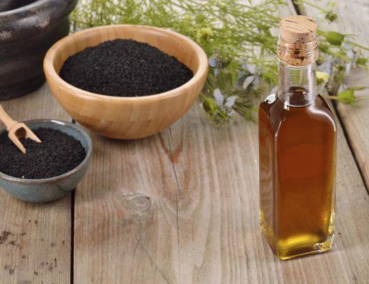 huile magique anti-acné