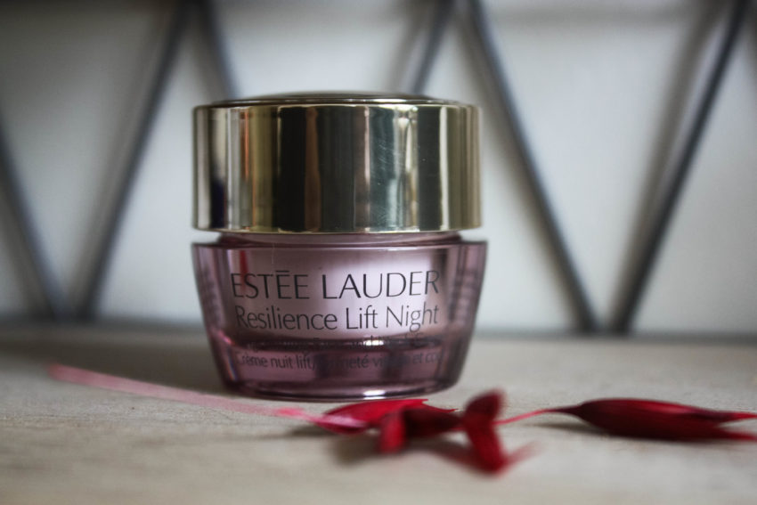 Resilience Lift Night Estée Lauder