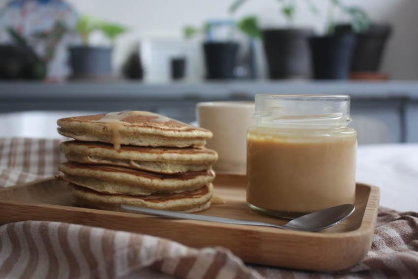 Pancake et son caramel beurre salé